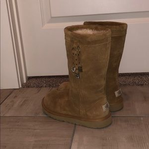 BRAND NEW LETTER CHARM UGGS!!